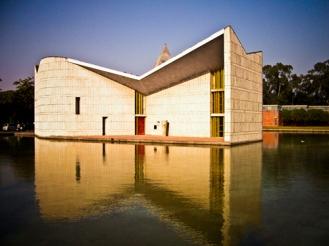 8.Gandhi-Bhavan-Auditorium2