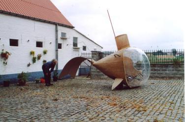 panamarenko-sous-marin-pedalo