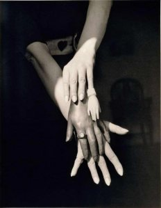 Claude-Cahun-Sans-titre-vers-1939-Collection-Christrian-Bouqueret-Paris-540x695