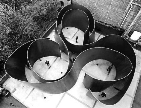 Richard-Serra-1