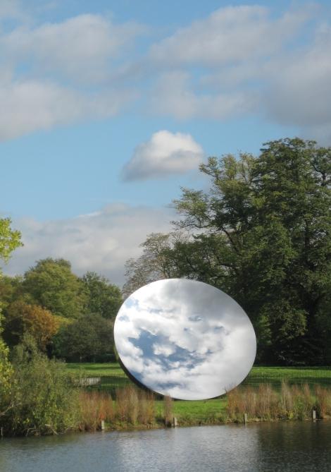 Sky_Mirror,_Kensington_Gardens_(cropped)