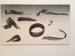 "Ed Rusha , ""Gators""Acrylique sur toile 315 x 182,9 cm Collection Prada, Milan"