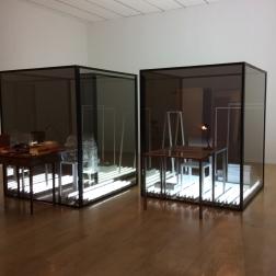 """Laura Lamiel(1948, France), """"Deux cellules"""", 2015, superposition, reflets, lumière."""