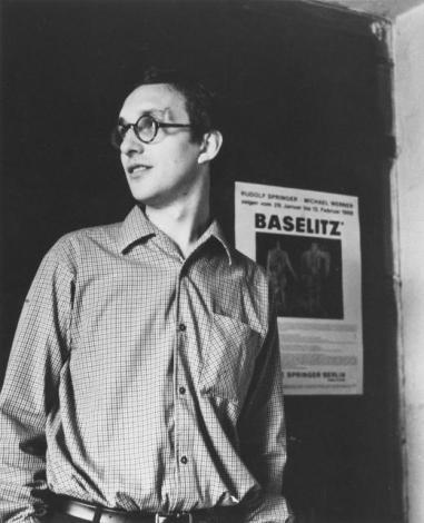 Georg Baselitz dans son studio de Berlin, 1966 Photo : © Elke Baselitz 2017