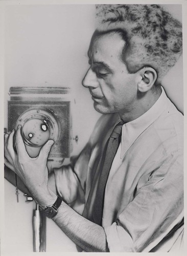 Man Ray, selfportrait with camera, 1931