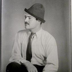 Ernest Hemingway par Man Ray