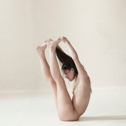 """Yasmine Hugonnet, """"Le récital des postures"""""""